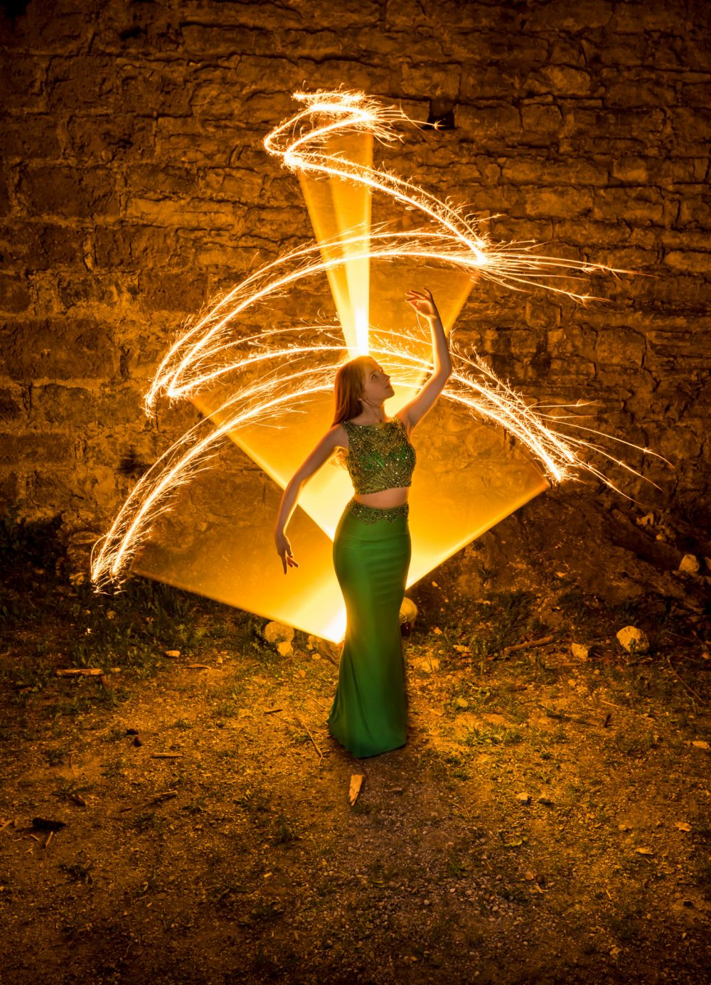 Lightpainting-session with Lena Rodlsberger (1/8)